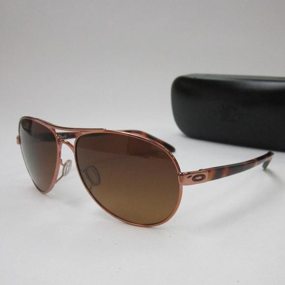 e8ca805f41 Oakley Feedback OO4079-14 Womens Sunglasses OLL857